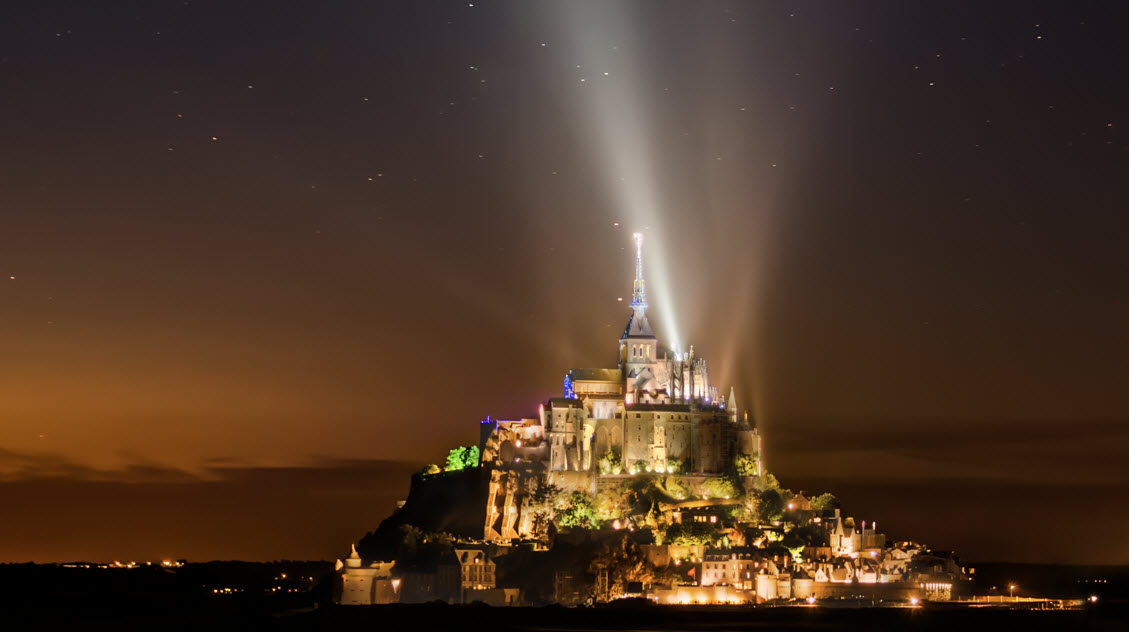 Mont Saint Michel from a distance - final