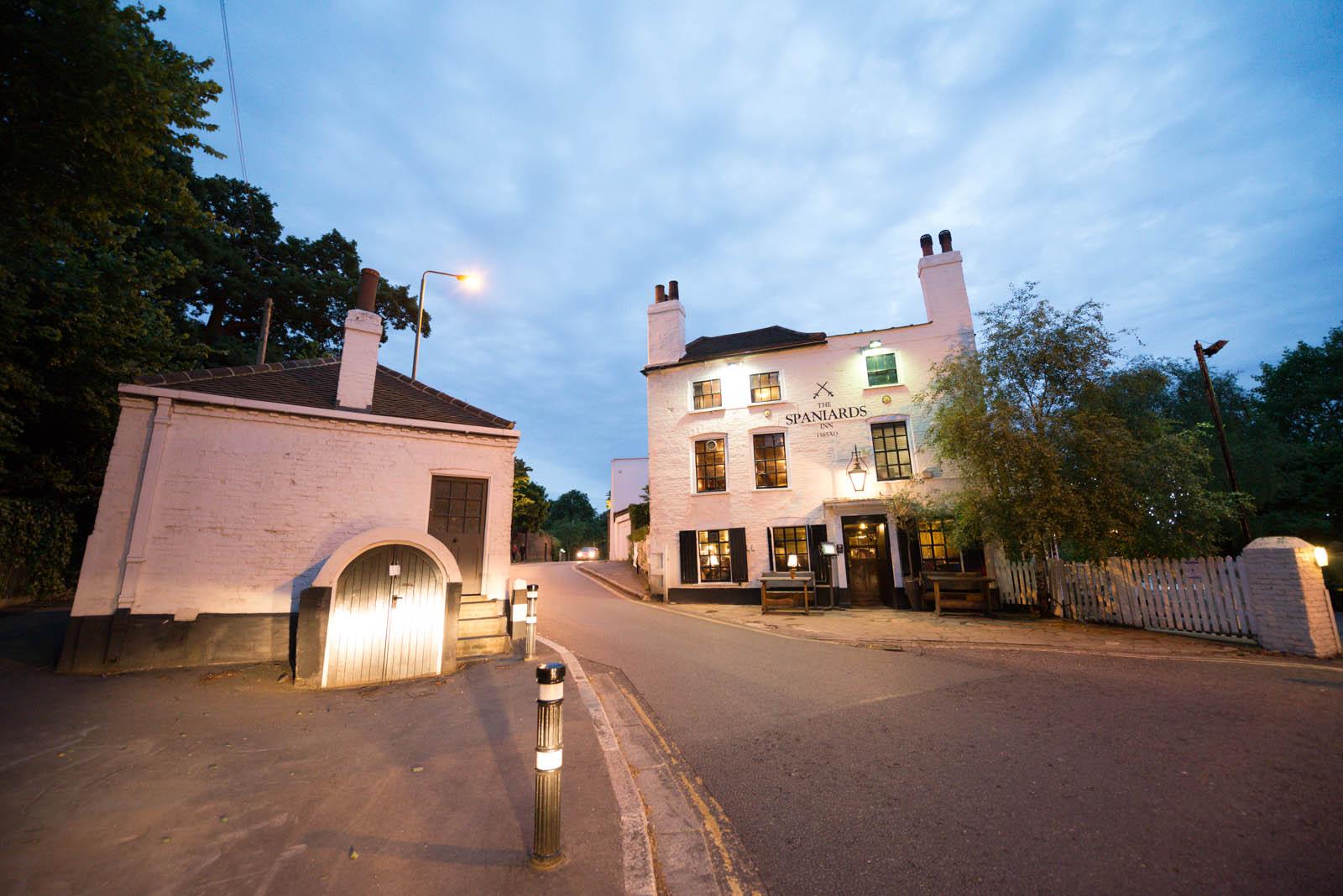 London - Spaniards Inn - original